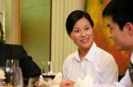 舉辦商務宴會,促進商務交際和友好關係,商務邀約禮儀的幾種方式