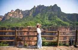 除了郭亮村,南太行還有很多懸崖村落,並且不收門票
